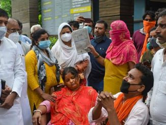 Ghaziabad: Family members of journalist Vikram Joshi stage a protest demanding justice for him